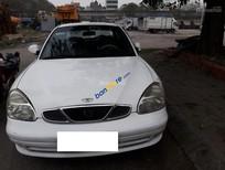 Cần bán Daewoo Nubira sản xuất 2001, màu trắng xe gia đình