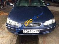 Chính chủ bán xe Toyota Camry MT đời 2000, màu xanh lam