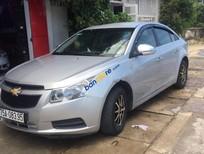 Cần bán Chevrolet Cruze LS 1.6MT đời 2010, màu bạc