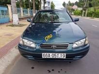 Bán xe cũ Toyota Camry 3.0 đời 2001, xe nhập