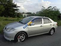 Cần bán xe Toyota Vios đời 2005, màu bạc, giá chỉ 210 triệu