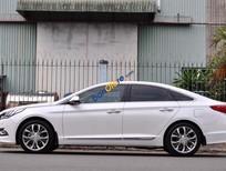 Bán Hyundai Sonata sản xuất năm 2015, màu trắng còn mới, giá tốt