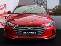 Bán xe Hyundai Elantra 2.0AT đời 2016, màu đỏ