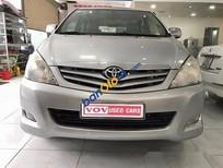 Cần bán gấp Toyota Innova 2.0G đời 2009, màu bạc số sàn, 475 triệu