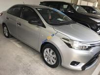 Cần bán gấp Toyota Vios J đời 2014, màu bạc, giá tốt