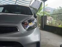 Cần bán lại xe Kia Morning Si MT đời 2015, màu bạc xe gia đình
