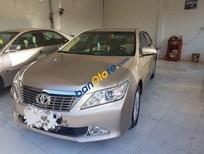 Cần bán gấp Toyota Camry 2013, màu vàng đã đi 65000 km giá cạnh tranh