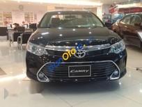 Bán Toyota Camry 2.0 đời 2017, màu đen
