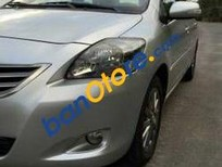 Cần bán Toyota Vios MT đời 2013, màu bạc số sàn