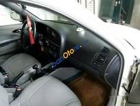Bán Daewoo Nubira đời 2001, màu trắng, xe chính chủ bao test, sử dụng số sàn