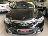 Cần bán Toyota Camry 2.5 đời 2015, màu đen, chạy 18.000km, hỗ trợ giá tốt nhất