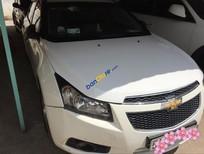 Cần bán gấp Chevrolet Cruze đời 2013 màu trắng