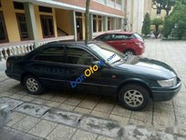 Bán Toyota Camry đời 2000 chính chủ
