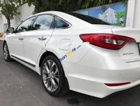 Bán xe Hyundai Sonata 2.0 AT sản xuất năm 2015, màu trắng, nhập khẩu, 870tr