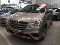Cần bán lại xe Toyota Innova 2.0E 2014