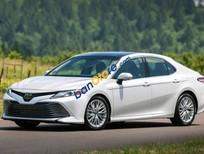 Cần bán xe Toyota Camry 2.5 LE đời 2017, màu trắng, nhập khẩu nguyên chiếc