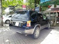 Xe Ford Escape sản xuất năm 2004, màu đen