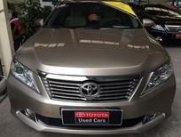 Cần bán xe Toyota Camry 2.5Q 2014, màu vàng cát, gia cạnh tranh
