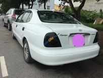 Xe Daewoo Leganza sản xuất 2003, màu trắng