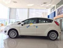 Bán Ford Fiesta Ecoboots 1.0AT năm 2017, màu trắng, giá chỉ 572 triệu