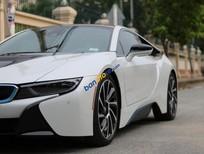 Bán xe BMW i8 năm sản xuất 2015, màu trắng, xe nhập