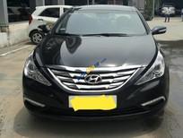 Bán ô tô Hyundai Sonata 2.0AT năm 2011, màu đen xe gia đình