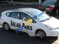 Xe Toyota Prius sản xuất năm 2006, màu trắng, xe nhập