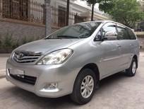 Cần bán gấp Toyota Innova 2.0G 2009, màu bạc, giá chỉ 375 triệu