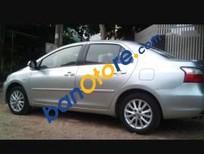 Bán xe Toyota Vios năm 2012, màu bạc, xe còn tốt, mới bảo dưỡng thay dầu
