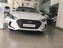 Hyundai Elantra bản 1,6 AT đời 2017, màu trắng. Ưu đãi lên đến 70 triệu. Cam kết giá tốt. LH Hương: 0902.608.293