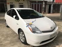 Cần bán Toyota Prius đời 2007, màu trắng, máy khoẻ, đi cực tiết kiệm 4L/100km