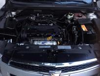 Bán Chevrolet Cruze Ls năm 2011, màu bạc xe gia đình