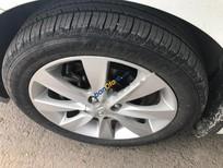 Cần bán Hyundai Accent 1.4AT đời 2011, màu trắng, nhập khẩu nguyên chiếc số tự động
