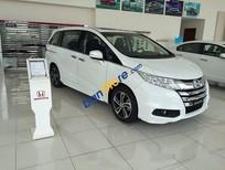 Cần bán xe Honda Odyssey năm sản xuất 2017, màu trắng, nhập khẩu