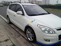 Bán Hyundai i30 CW sản xuất 2009, màu trắng, xe nhập số tự động, giá tốt