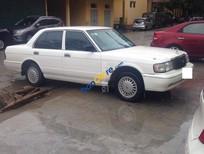 Bán xe Toyota Crown sản xuất năm 1995, màu trắng, nhập khẩu nguyên chiếc
