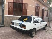 Xe Toyota Corolla sản xuất năm 1986, màu trắng số sàn