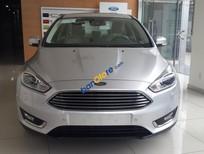 Cần bán xe Ford Focus năm 2016, màu bạc, giá 848 triệu