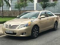 Bán Toyota Camry LE 2.5AT đời 2010, màu vàng, nhập khẩu nguyên chiếc chính chủ