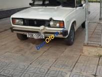 Bán Lada 2105 sản xuất năm 1990, màu trắng giá cạnh tranh