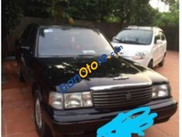 Bán Toyota Crown đời 1995, màu đen, máy 2.2 xăng 8L/ 100km