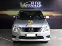 Bán xe Toyota Innova E 2.0MT đời 2013, màu bạc