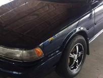 Xe Toyota Camry LE năm 1988, màu xanh lam