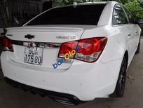 Cần bán lại xe Chevrolet Cruze đời 2014, màu trắng số sàn, 425tr
