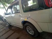 Cần bán xe Ford Everest Limited sản xuất năm 2009, màu trắng