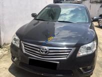 Cần bán gấp Toyota Camry 2.4G năm 2011, màu đen, nhập khẩu nguyên chiếc xe gia đình
