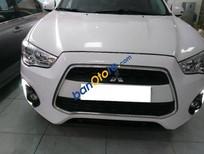 Bán xe Mitsubishi Outlander Sport sản xuất 2014, màu trắng, xe nhập