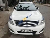 Cần bán Nissan Teana AT năm 2010, màu trắng chính chủ