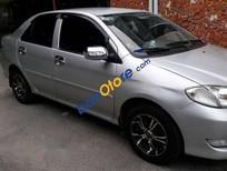 Bán xe cũ Toyota Vios 2004, màu bạc, máy êm, lạnh tốt, máy móc vận hành tốt