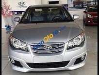 Cần bán Hyundai Avante 2.0AT đời 2016, màu bạc
